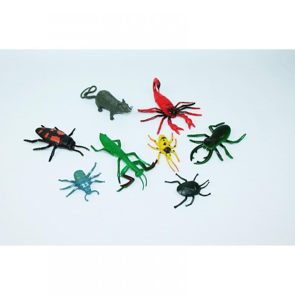 Животные насекомые в пакете