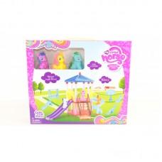"""Герои """"My Little Pony"""" на детской площадке в коробке"""