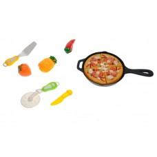 Продукты - фрукты и овощи со сковородкой в сетке
