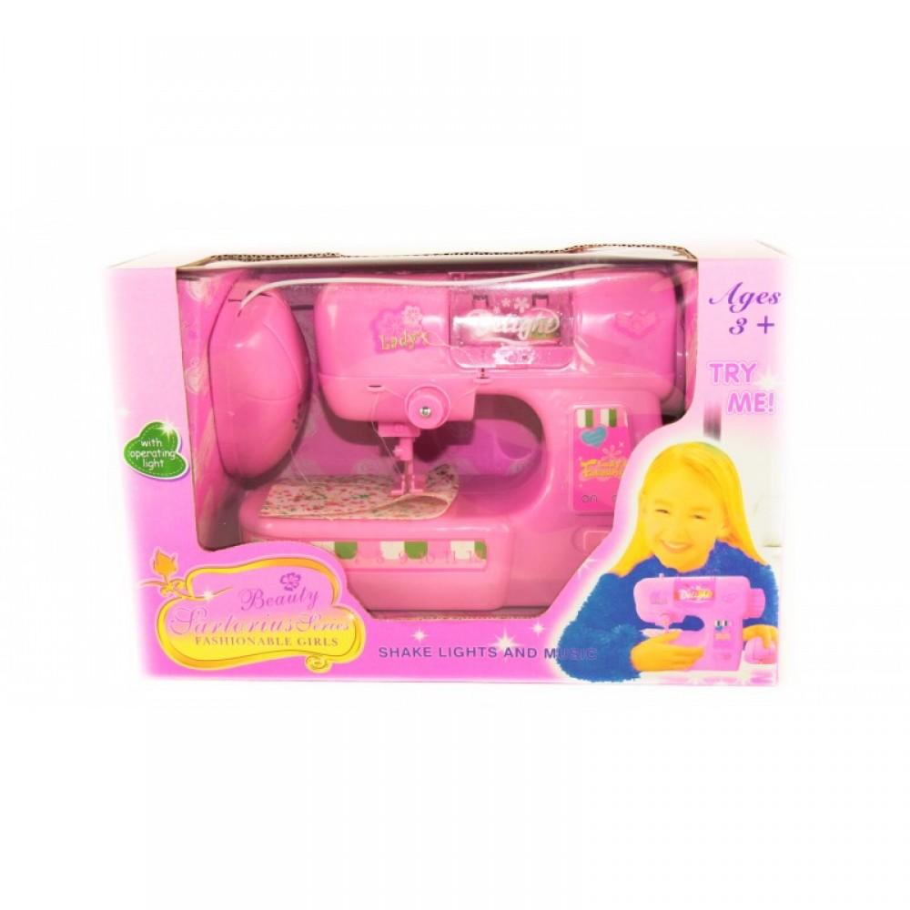 Швейная машина в коробке