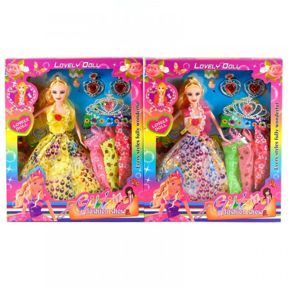 Кукла с нарядом 3 платья, аксессуары